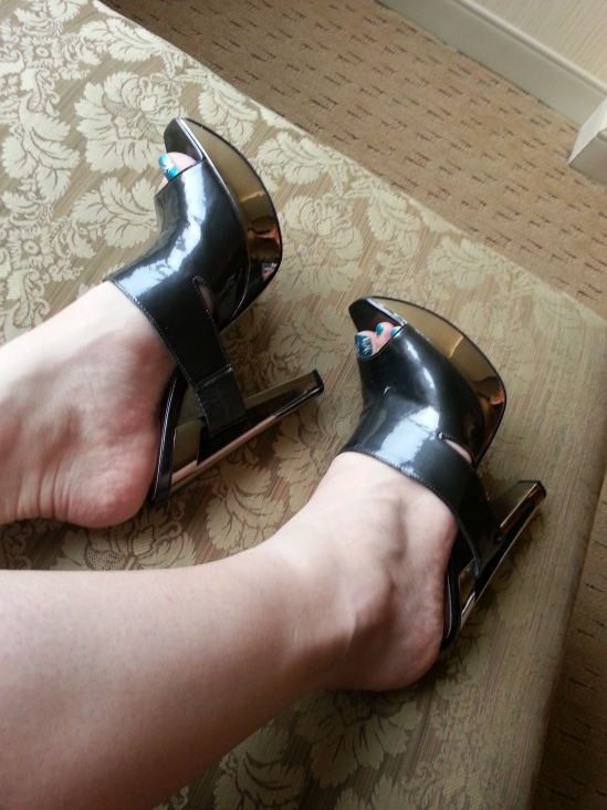 Jessica Simpson chrome heel